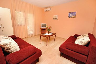 Apartament A-6209-a - Apartamenty Rovanjska (Paklenica) - 6209