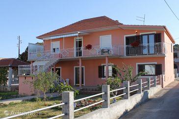 Property Bibinje (Zadar) - Accommodation 6232 - Apartments with pebble beach.