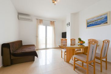 Apartment A-6244-a - Apartments Ljubač (Zadar) - 6244