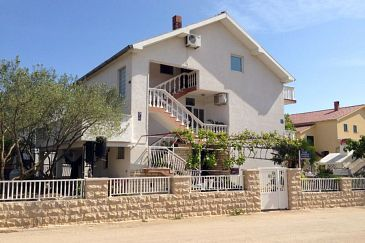 Biograd na Moru, Biograd, Property 6245 - Apartments with sandy beach.