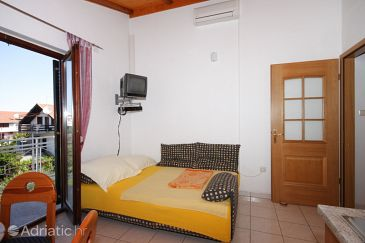 Apartment A-6260-b - Apartments and Rooms Vodice (Vodice) - 6260