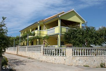 Property Kraj (Pašman) - Accommodation 6263 - Apartments near sea with sandy beach.