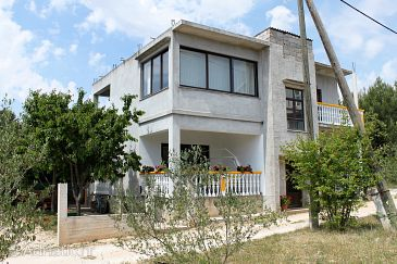 Property Bibinje (Zadar) - Accommodation 6307 - Apartments with pebble beach.