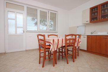Kustići, Jadalnia w zakwaterowaniu typu apartment, WIFI.