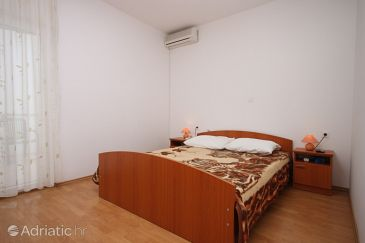 Room S-6357-b - Apartments and Rooms Zubovići (Pag) - 6357