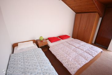 Room S-6362-m - Apartments and Rooms Povljana (Pag) - 6362