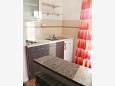 Metajna, Kitchen u smještaju tipa studio-apartment, dostupna klima i WIFI.