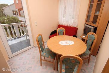 Novalja, Dining room u smještaju tipa apartment, dostupna klima.