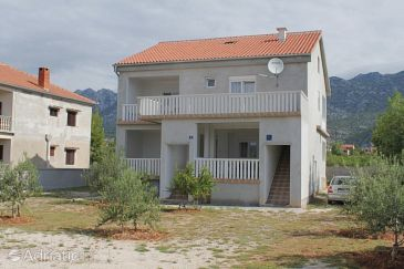 Property Seline (Paklenica) - Accommodation 6439 - Apartments with rocky beach.