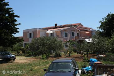 Property Novalja (Pag) - Accommodation 6490 - Apartments with pebble beach.