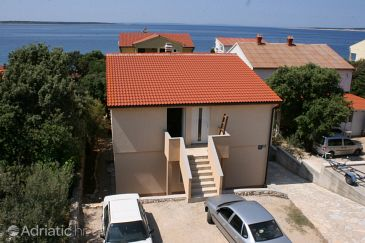 Property Mandre (Pag) - Accommodation 6516 - Apartments near sea with pebble beach.