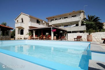 Property Povljana (Pag) - Accommodation 6532 - Apartments near sea with sandy beach.