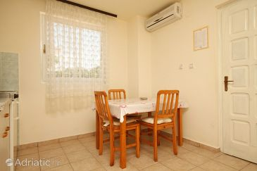 Apartment A-6551-e - Apartments Novalja (Pag) - 6551