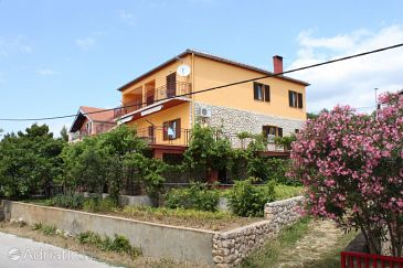 Property Maslenica (Novigrad) - Accommodation 6568 - Apartments near sea with pebble beach.