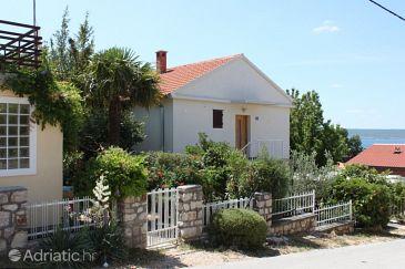Property Maslenica (Novigrad) - Accommodation 6569 - Apartments near sea.