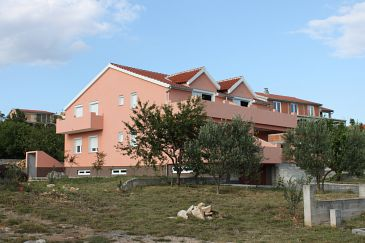 Property Maslenica (Novigrad) - Accommodation 6573 - Apartments with pebble beach.