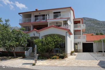 Property Starigrad (Paklenica) - Accommodation 6578 - Apartments and Rooms near sea with pebble beach.