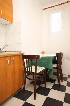 Apartament A-6587-a - Apartamenty Starigrad (Paklenica) - 6587