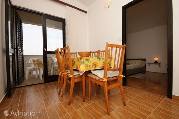 Apartment A-6588-b - Apartments and Rooms Starigrad (Paklenica) - 6588