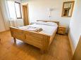 Bedroom - Apartment A-6595-d - Apartments Starigrad (Paklenica) - 6595