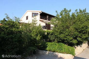 Property Maslenica (Novigrad) - Accommodation 6602 - Apartments near sea.