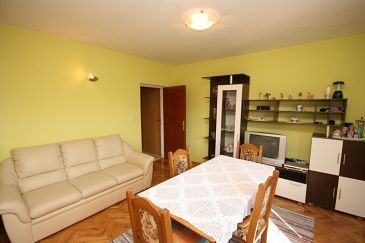 Starigrad, Pokój dzienny u smještaju tipa apartment, WIFI.