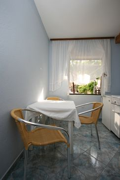 Apartament A-6609-c - Apartamenty Starigrad (Paklenica) - 6609
