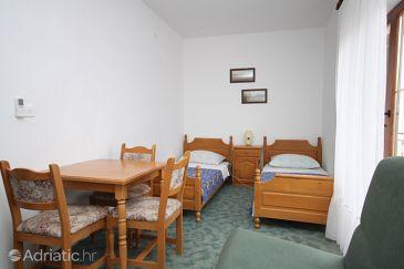 Starigrad, Bedroom u smještaju tipa room, dostupna klima.