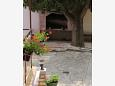 Courtyard Starigrad (Paklenica) - Accommodation 6630 - Apartments and Rooms near sea with pebble beach.