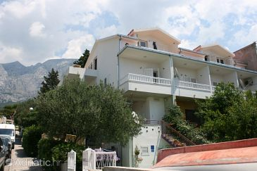 Property Makarska (Makarska) - Accommodation 6636 - Apartments with pebble beach.