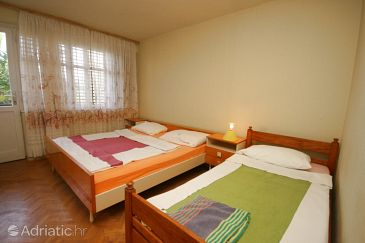 Room S-6637-a - Rooms Starigrad (Paklenica) - 6637