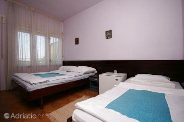 Room S-6637-e - Rooms Starigrad (Paklenica) - 6637