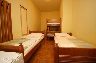 Room S-6637-j - Rooms Starigrad (Paklenica) - 6637