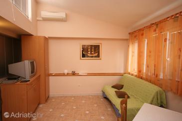 Apartment A-6642-b - Apartments Makarska (Makarska) - 6642