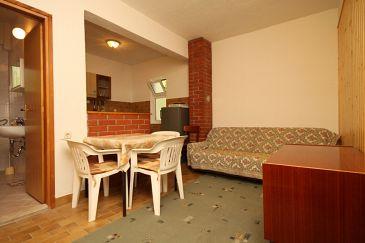 Apartament A-6649-a - Apartamenty Starigrad (Paklenica) - 6649
