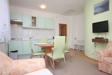 Apartment A-6650-b - Apartments Starigrad (Paklenica) - 6650