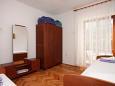Bedroom 2 - Apartment A-6662-a - Apartments Drvenik Donja vala (Makarska) - 6662