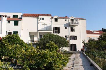 Property Drvenik Donja vala (Makarska) - Accommodation 6675 - Apartments near sea with pebble beach.