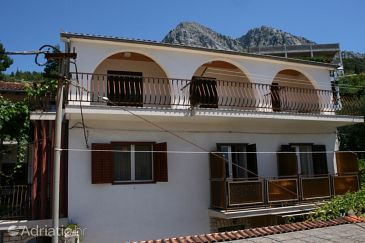 Property Podgora (Makarska) - Accommodation 6683 - Apartments near sea with pebble beach.