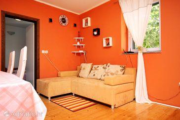 Brela, Living room u smještaju tipa house, dostupna klima, dopusteni kucni ljubimci i WIFI.