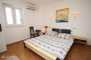 Room S-6704-h - Apartments and Rooms Baška Voda (Makarska) - 6704