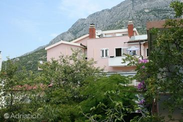 Property Baška Voda (Makarska) - Accommodation 6704 - Apartments and Rooms with pebble beach.