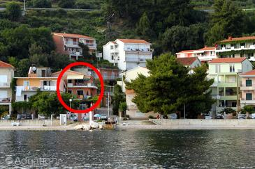 Property Podgora (Makarska) - Accommodation 6725 - Apartments near sea with pebble beach.