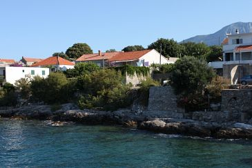 Property Sućuraj (Hvar) - Accommodation 6734 - Rooms near sea.