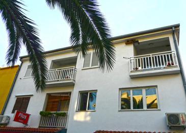 Obiekt Drvenik Donja vala (Makarska) - Zakwaterowanie 6756 - Apartamenty blisko morza ze żwirową plażą.