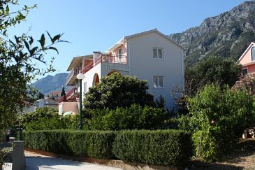 Property Gradac (Makarska) - Accommodation 6757 - Apartments with pebble beach.