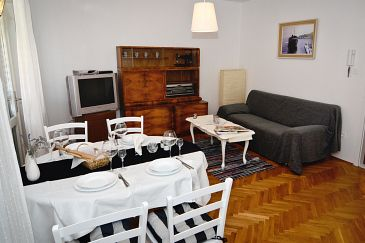 Apartment A-6758-a - Apartments Makarska (Makarska) - 6758