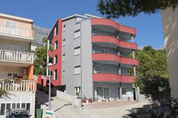 Property Baška Voda (Makarska) - Accommodation 6763 - Apartments with pebble beach.