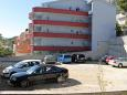 Parking lot Baška Voda (Makarska) - Accommodation 6763 - Apartments with pebble beach.
