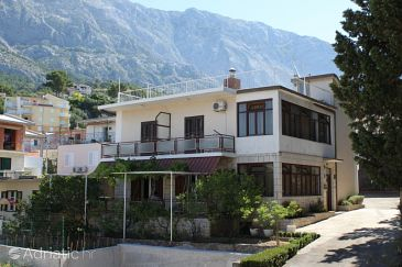Property Baška Voda (Makarska) - Accommodation 6773 - Apartments with pebble beach.